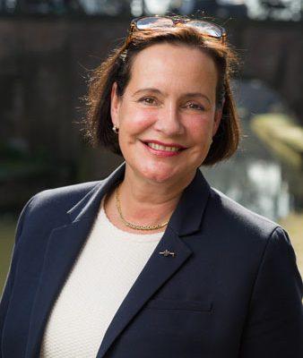 Monique Andre-de-la-Porte